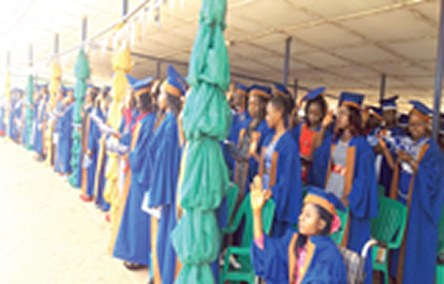 Provost cautions fresh students against indolence