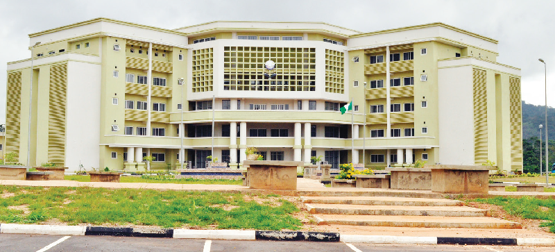 Council chair advocates adequate funding of varsity system