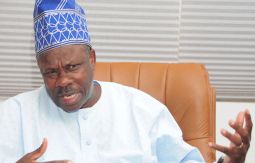 2019: Amosun insists on Akinlade as court vacates order against INEC, APC