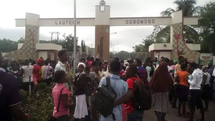 Protest as LAUTECH hikes tuition fee from N65,000 to N250,000