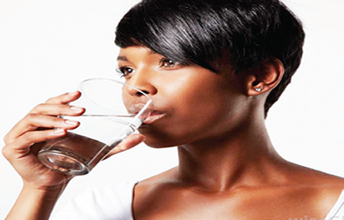 Five benefits of drinking warm water