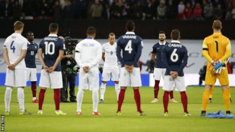 France out plays England in 3-2 win