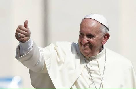 Pope calls for dialogue, moderation after Jerusalem violence