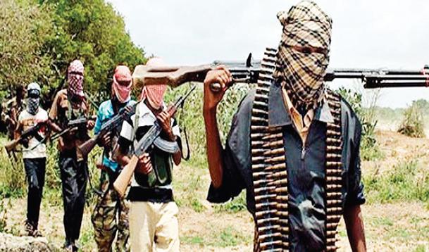 Gunmen in military uniform kill vigilante