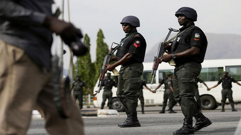 Gunmen kill policeman, injure three, burn patrol vehicle in Edo