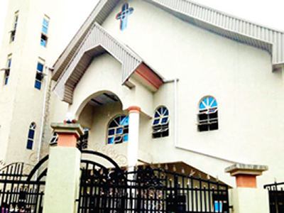Woman dies in church after giving testimony