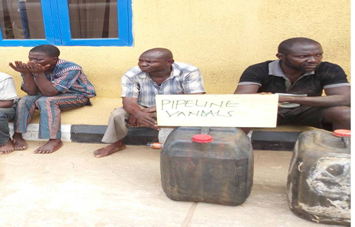 Suspect begs police, 'Please go and arrest my brother'