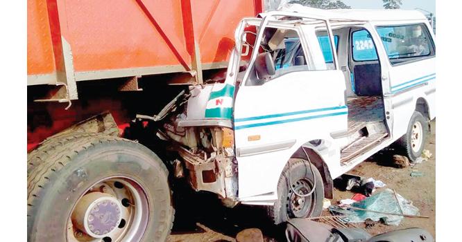 Trailer kills 4, damages 5 vehicles in Jos