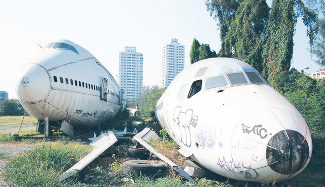 Riding Nigeria's retiring jetliners to graveyard