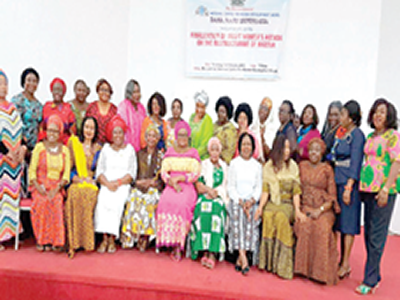 Seeking restructuring the female way