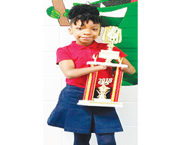 Remarkable achievement! Nigerian-American girl born without hands wins handwriting competition