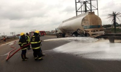 PHOTOS: Heavy traffic on Lagos-Ibadan expressway as fuel tanker spills content
