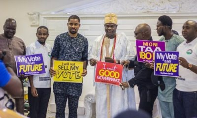 "Osun Poll: Charlyboy's ""Ourmumundondu"" group visits Ooni of Ife"