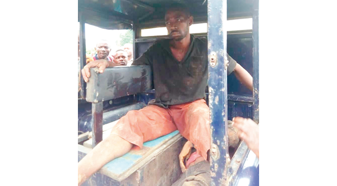 Two robbers killed during attack on passenger bus