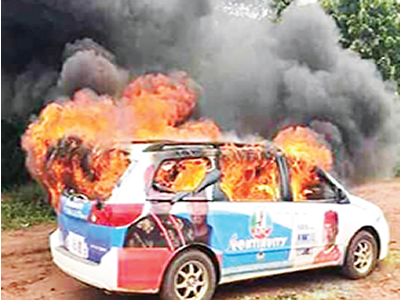 Guber primaries: Two dead, 3 buses burnt in Imo, Bauchi